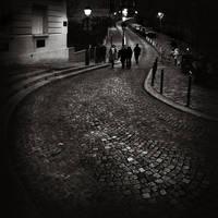 Walking in Monmartre by kpavlis
