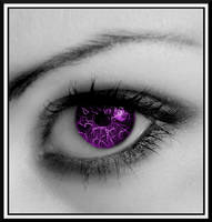 Eye in Purple by hitomebore