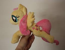 Fluttershy Shoulder Pony / Flying Pony by Siora86
