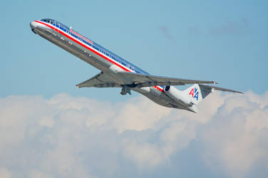 American Airlines MD-80 by concaholic