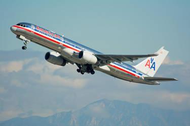 American Airlines Boeing 757 N687AA by concaholic