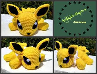 Coulomb the Crochet Jolteon (description) by ArtisansShadow