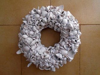 White wreath 2 by Johny-Leek-Sama