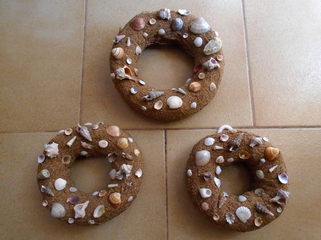 Trinity of wreaths... by Johny-Leek-Sama