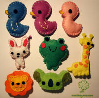 Felt brooches-AnimalCollection by Nuri7