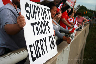 Supporting Our Troops by OibyrdsDDs