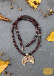 Crescent moon necklace by NoctiLuna