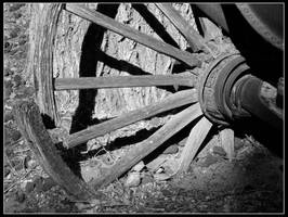 Broken Wheel by mymamiya