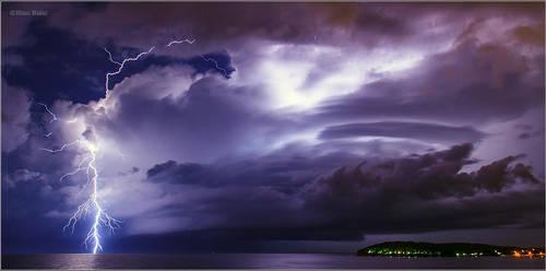 Lightning by nrasic