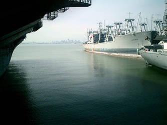 Ship Docking bay by MizukiAi
