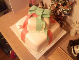 Christmas Birthday Cake by Heidilu22