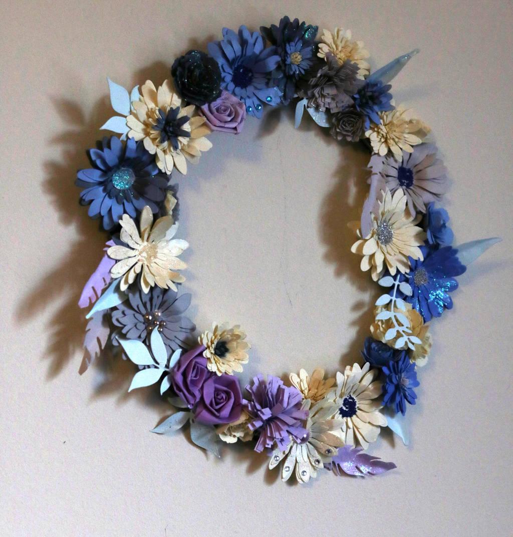 Quilled Flower Wreath by El-Sharra
