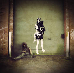 Lady on the Wall by Antomarsi