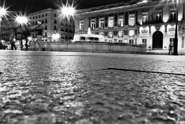Puerta del Sol, parte due by OnTheWall