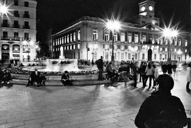 Puerta del Sol, parte uno by OnTheWall