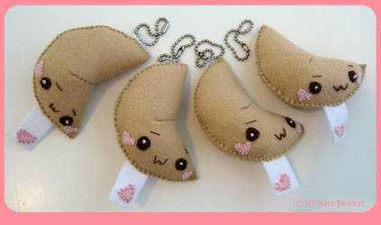 Fortune Cookie keyrings by kickass-peanut