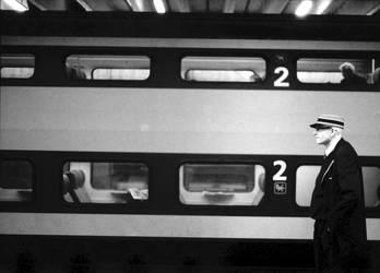 railway guard by Oboema-kees
