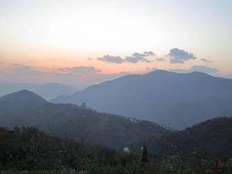 Fragrant Hills Mountains by toki88
