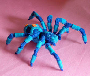 Blue-spider by VeoBea