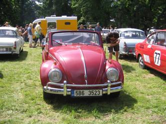VW Bettle! (1) by RomsnMan