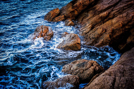 On The Rocks by Questavia