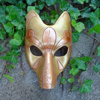 Another Gold Kitsune Mask by merimask