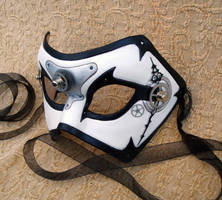 Time Bandit V2 by merimask