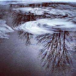 Frozen by rali478