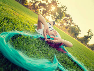 Miku: Farewell to Summer by mingswly
