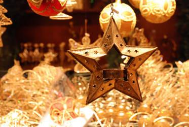 Gold STAR by biggben