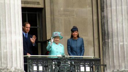 Royal Visit by kez245