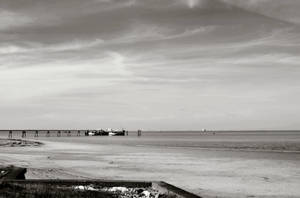 Jetty at Spurn by moonhare77