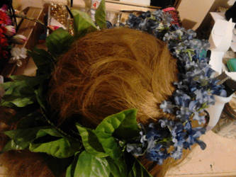 spring flower halo by littlebitakit