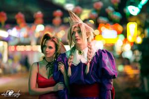Cosplay: Wallmarket Aeris and Cloud by Adella