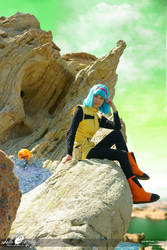 Bulma Briefs Namek Cosplay by Adella