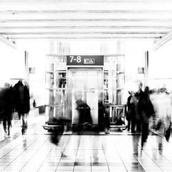 Elevator by inque77