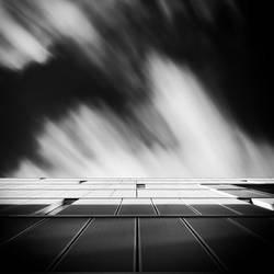 Vertical by inque77