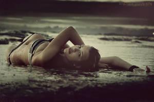 Delphine by yamyamART