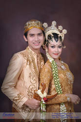Pakaian Adat Jawa by Mahadjatis