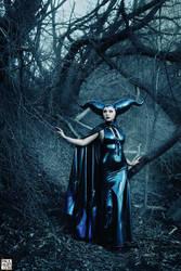 Maleficent -1185 sml by roadragebunny