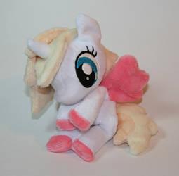 Pony beanie by Yukamina-Plushies