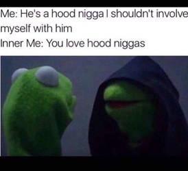How Hood Chicks be like by amoticanime