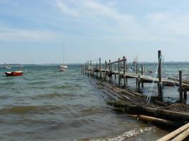 Alone jetty by nicolahu