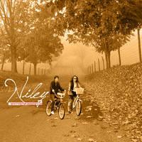 niley__bicicleta by cyruscrazystyle