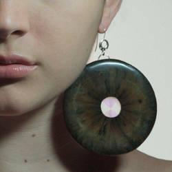 Eye Earring by yarnuh