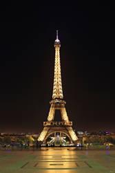 Eiffel Tower by Mr-Vin