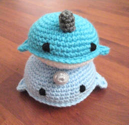 Crochet Narwhals by neonjello17