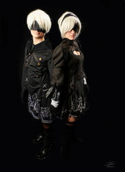 2B and 9S by Kerylstraza