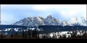 Giewont - Most Popular Mountain In Polish Tatras by skarzynscy