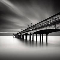 Boscombe Pier by robcherry